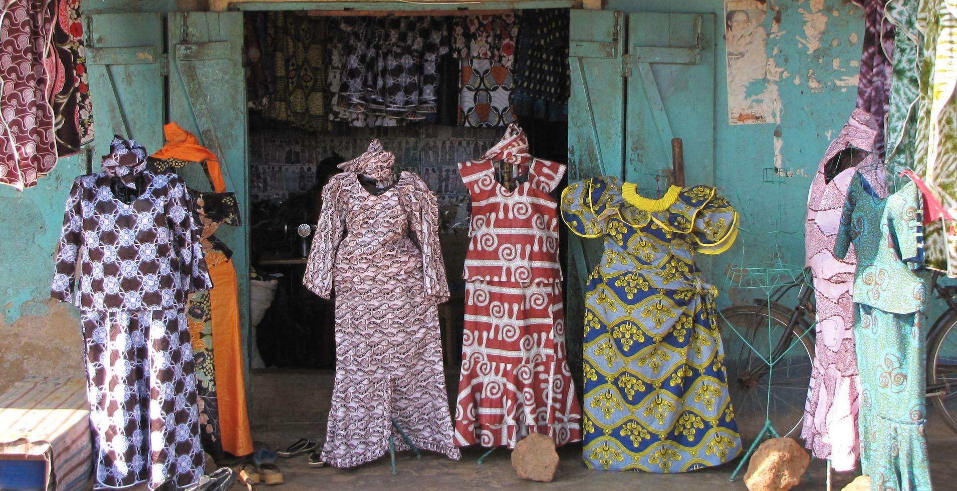 Wielokulturowe sploty – przewodnik po afrykańskich tkaninach